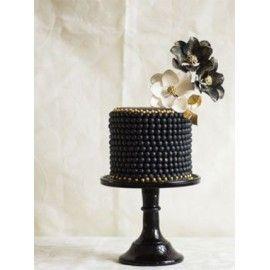 N35 Tort nunta elegant Margele si flori negre