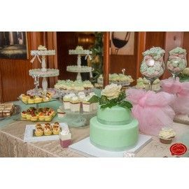 Aranjament candy bar de botez