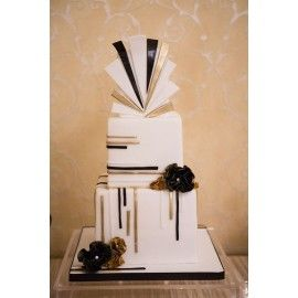 N38 Tort nunta evantai